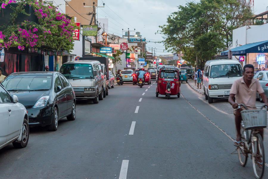 Negombo Beach Road