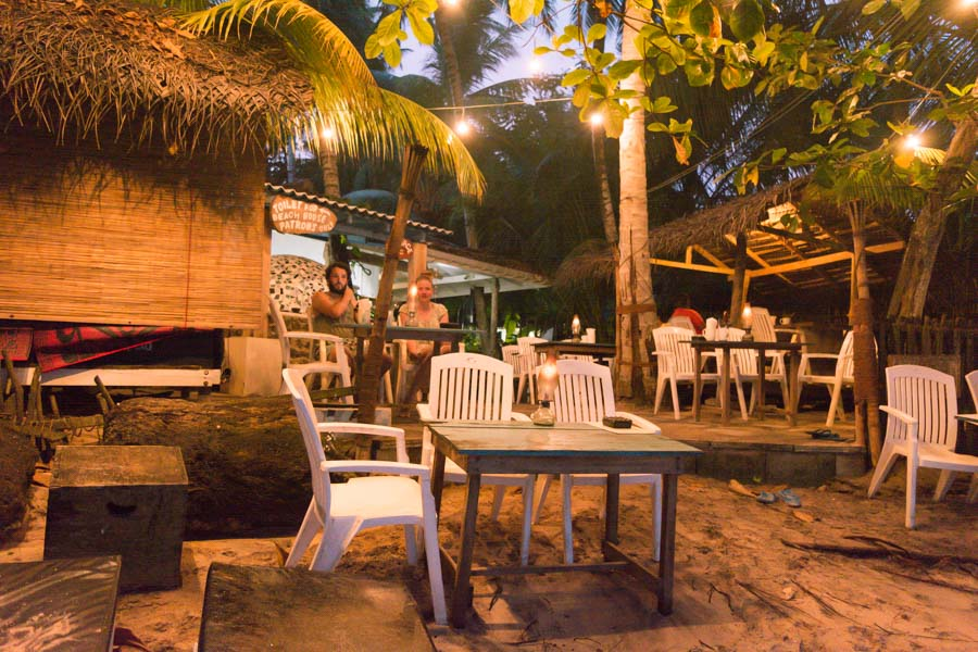 Hiriketiya Beach Restaurant
